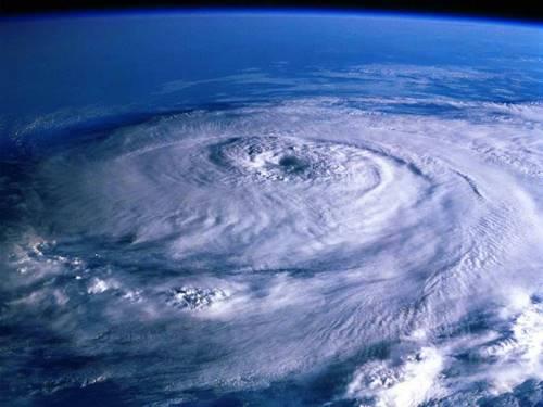Uragane - efectul de sera