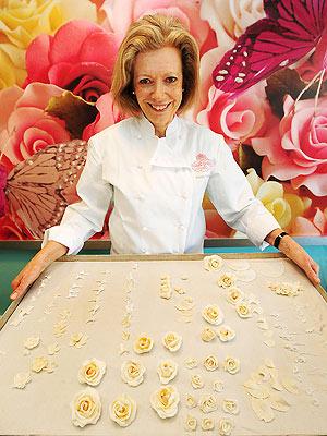 Fiona Cairns, cea care a decorat tortul regal