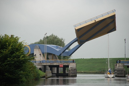 Slauerhoffbrug-Leeuwarden