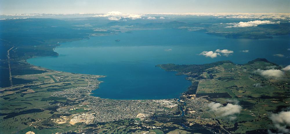 lacul Taupo