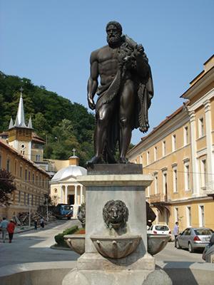 Statuia lui Hercule