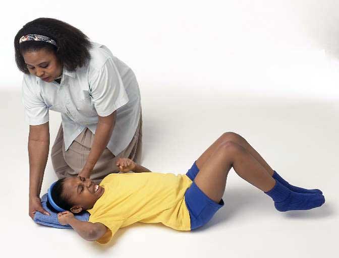 Perna sub cap in timpul crizelor de epilepsie