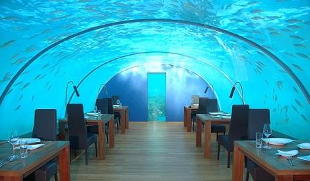 Hotelul Conrad Rangali din Maldive