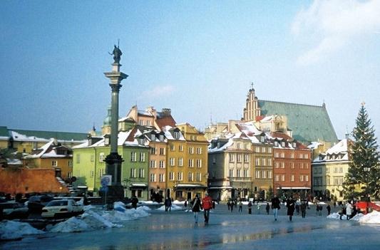 piata-orasului-vechi-varsovia