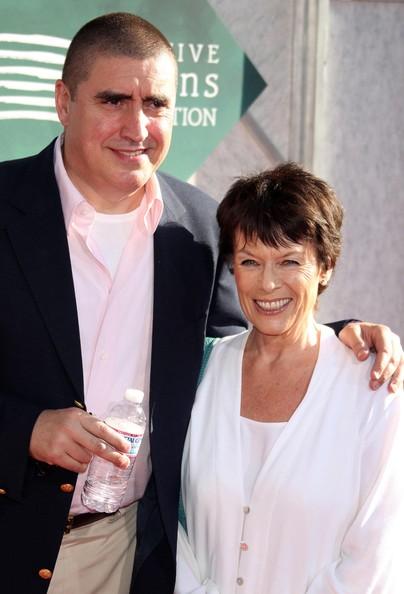 Alfred Molina si Jill Gascoine