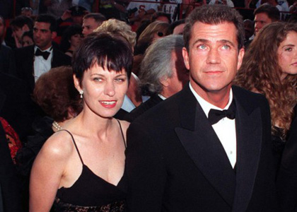 Mel Gibson si Robyn Denise Moore