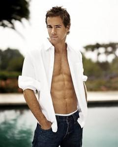 Ryan Reynolds, cel mai sexy barbat