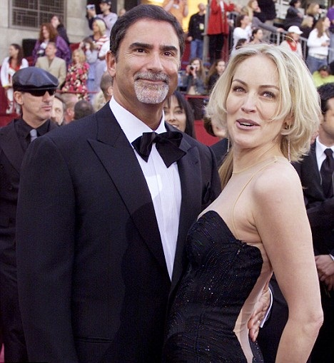Sharon Stone si Phil Bronstein