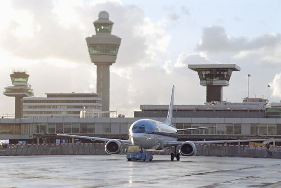aeroportul_schiphol_amsterdam