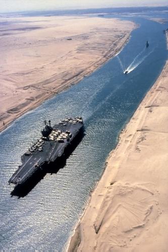 canalul_Suez