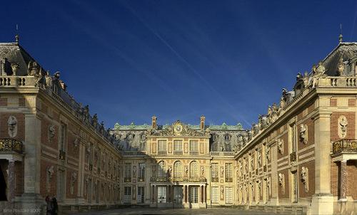 Fatada Palatului Versailles