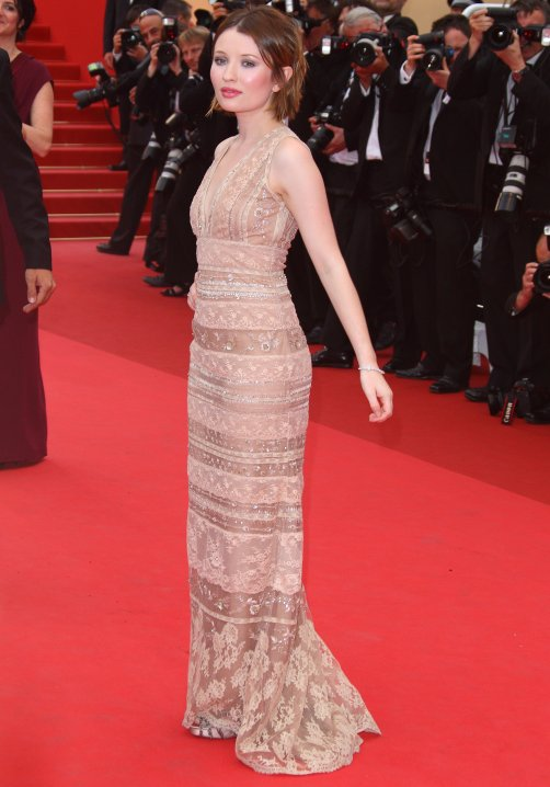 Emily Browning la Cannes 2011