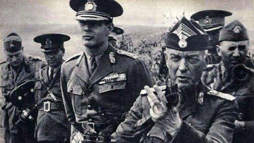 Regele Mihai si maresalul Ion Antonescu
