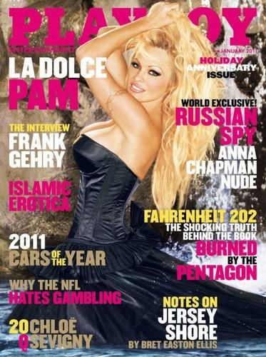 Pamela Anderson in Playboy-ul din ianuarie 2011
