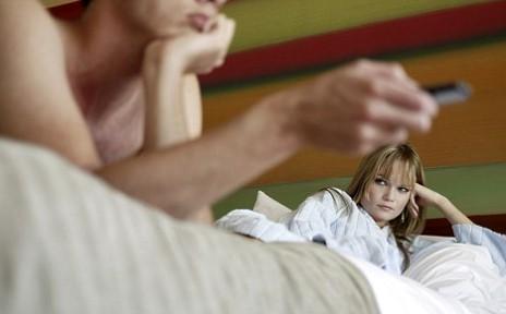 Filmele erotice, o controversa in cuplu?