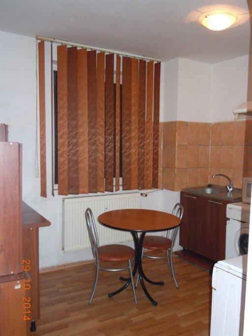 Vand apartament 3 camere in centrul Constantei