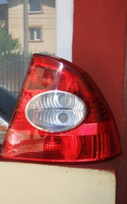 Lampa spate dreapta Ford