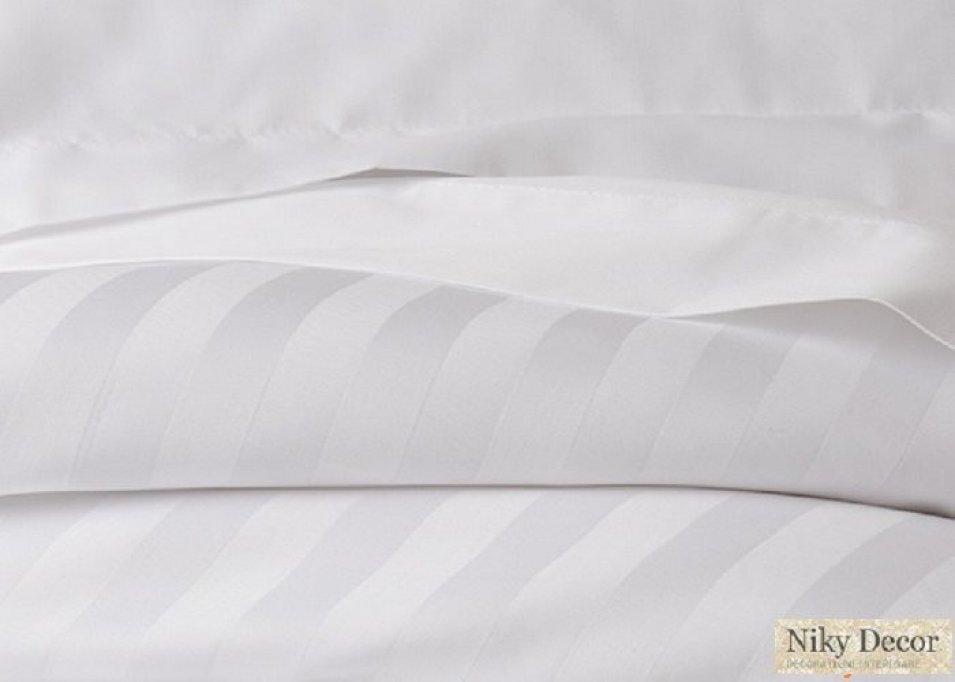 Producator lenjerie de pat din damasc
