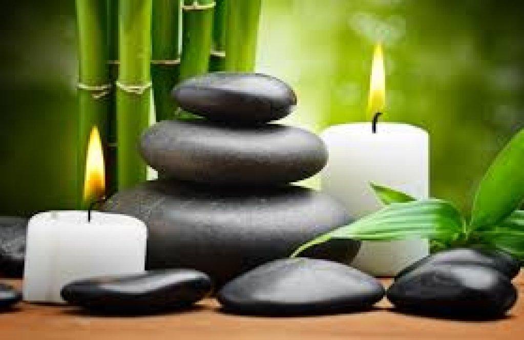 Practici antice legate de masajul tantric