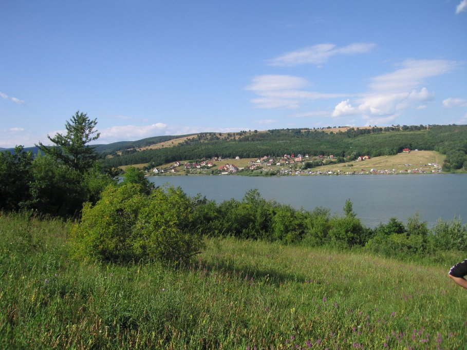 Teren , Lac Padureni - 15 EUR/ MP