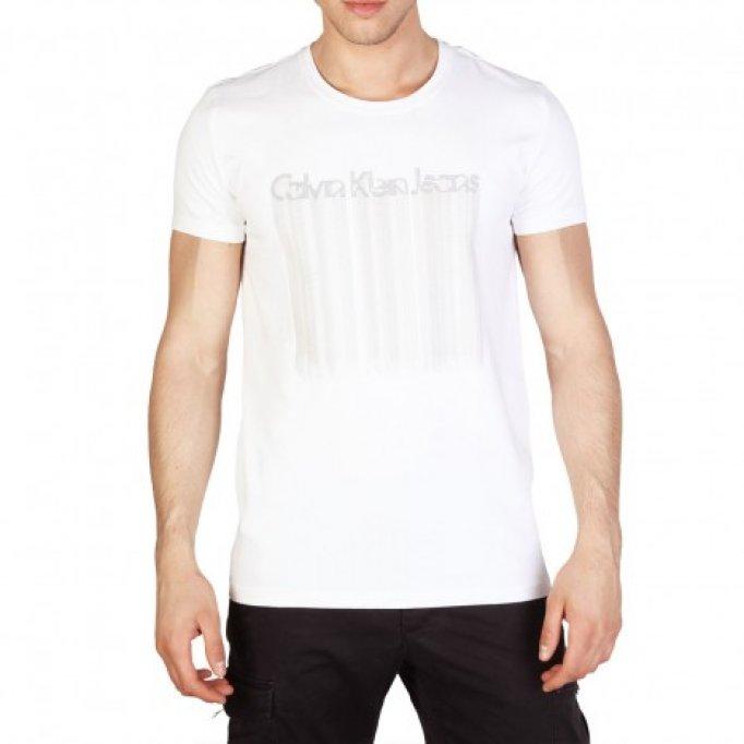 Tricourile Calvin Klein -Piesa de rezistență a ținutei-