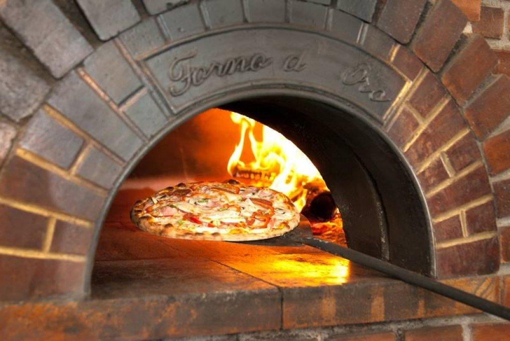Livrare de pizza la domiciliu in Timisoara