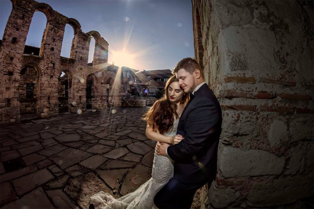Angajează un fotograf de nuntă online