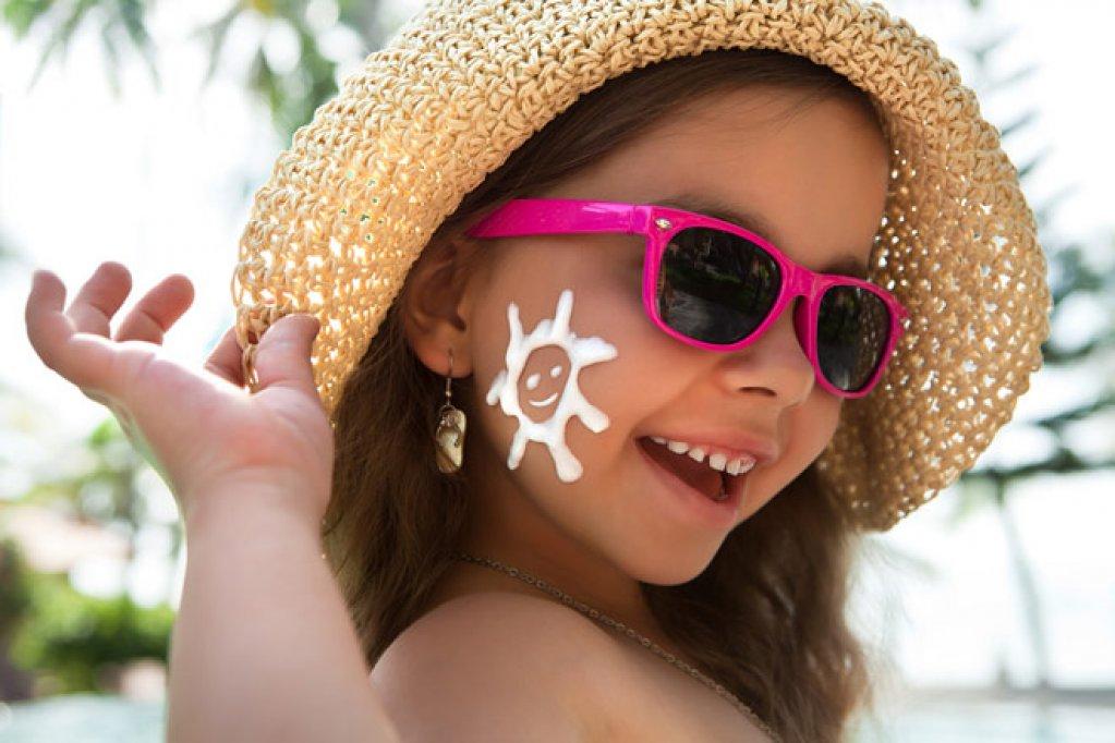 Cum să vă îngrijiți corect și eficient pielea pe timpul verii