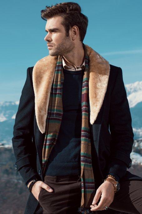 Ce paltoane pentru barbati sunt esentiale in garderoba de sezon