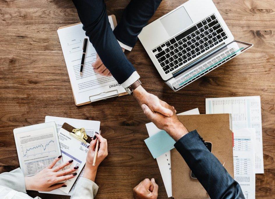 Antreprenorii români preferă să-și mute afacerile în Bulgaria
