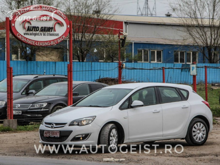 Cauti o masina ieftina si buna? Alege  sa vizitezi un parc auto cu masini second-hand
