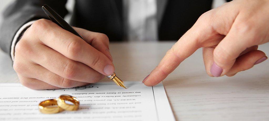 Ai nevoie de un notariat cu program sâmbătă în București? Află care este cel mai eficient birou notarial din capitală