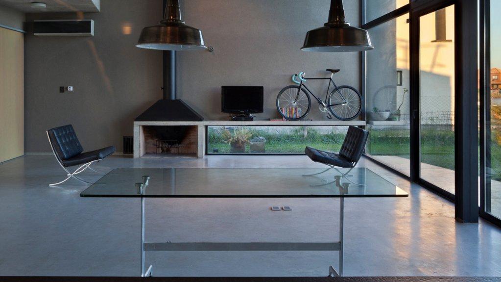 Mobilierul din sticla rezidential schimba complet aspectul camerelor de la casa sau de la apartament