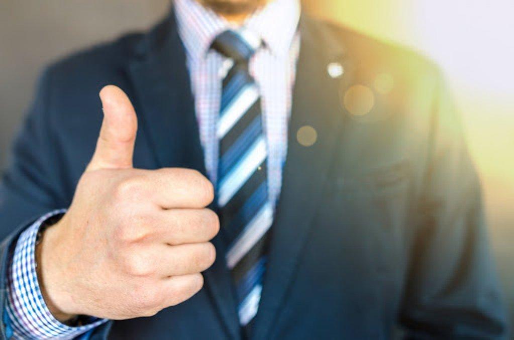 Cum poți să verifici credibilitatea unui partener de afaceri