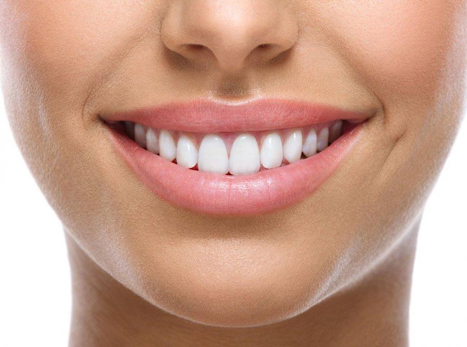 Avantajele benzilor Crest de albire dentara
