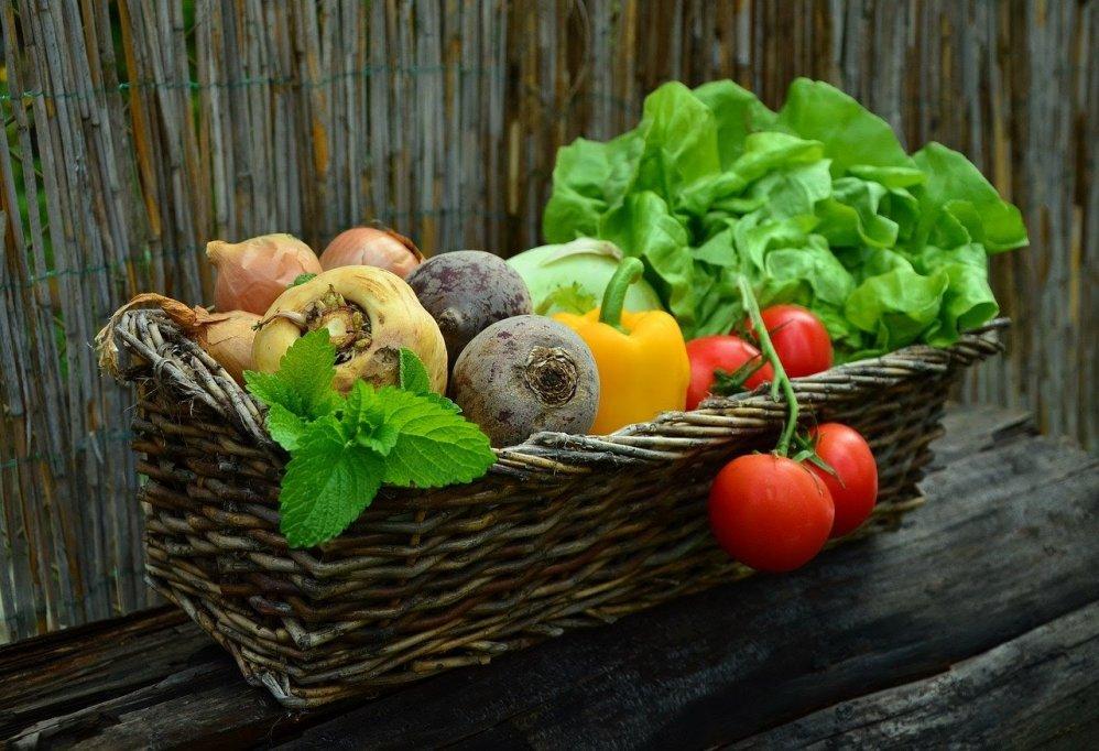 3 moduri prin care îi asiguri corpului tău necesarul de vitamine și minerale