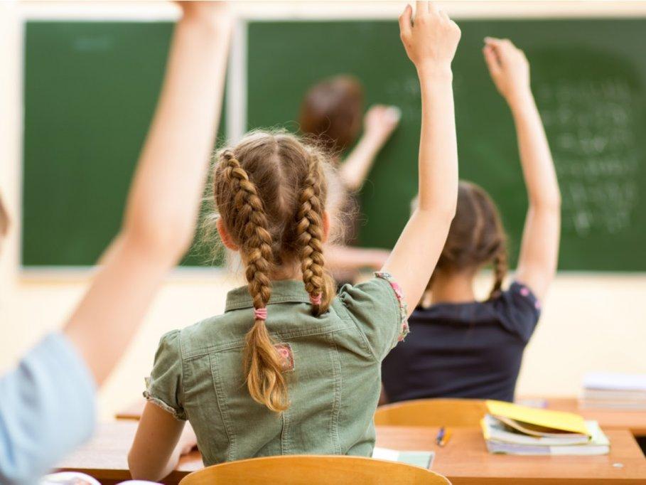 Sistemul educațional din Romania, tot mai blamat! Top 3 probleme semnalate de specialisti si de parinti