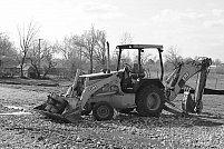 Descopera eficienta buldoexcavatoarelor in proiectele de amenajare a terenului!