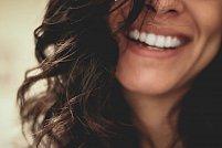 Ai nevoie de un implant dentar? Descopera avantajele nenumarate!