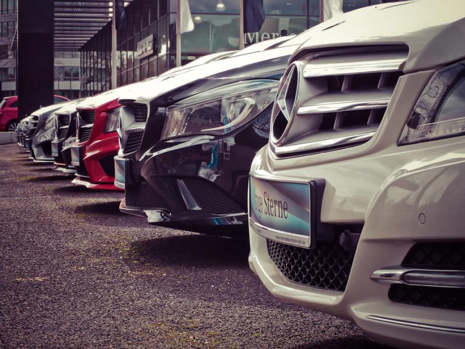 Cum determini valoarea aproximativă a unui autoturism: Criterii esențiale de care să ții cont