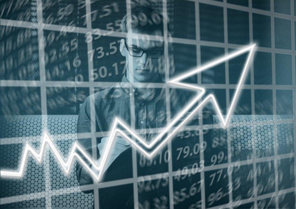 7 recomandări de cărți de afaceri și economie