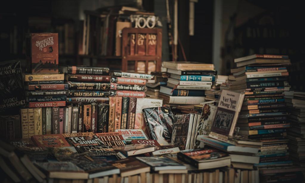 De unde ar trebui să cumperi cărți?