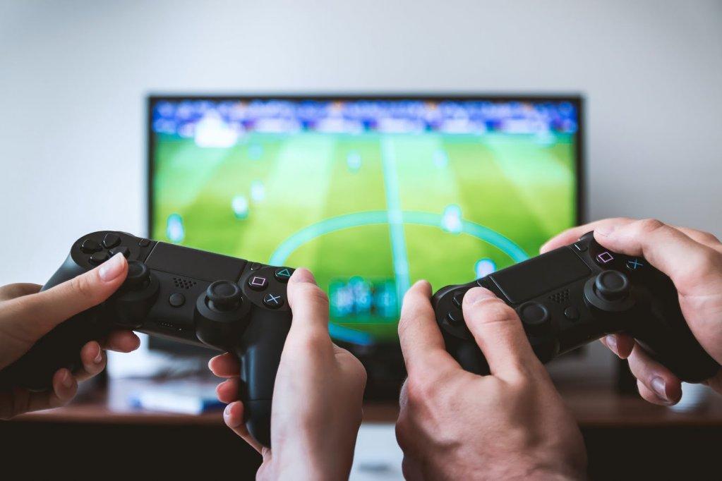 Cea mai bună experiență de gaming: Consolă sau PC?