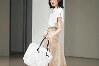 Reguli de stil: Cum porți o geantă transparentă?