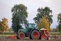 Îngrijirea utilajelor agricole: 5 reguli de bază