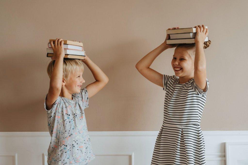 Manuale pentru clasa întâi: de ce va avea nevoie micul școlar?