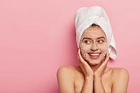De ce să alegi un exfoliant de față din comerț în locul unui scrub facial home-made
