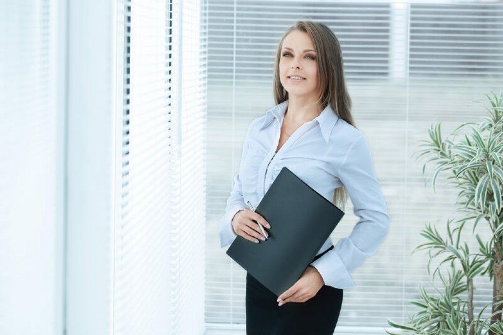 Jaluzelele orizontale de aluminiu - solutia perfecta pentru birou