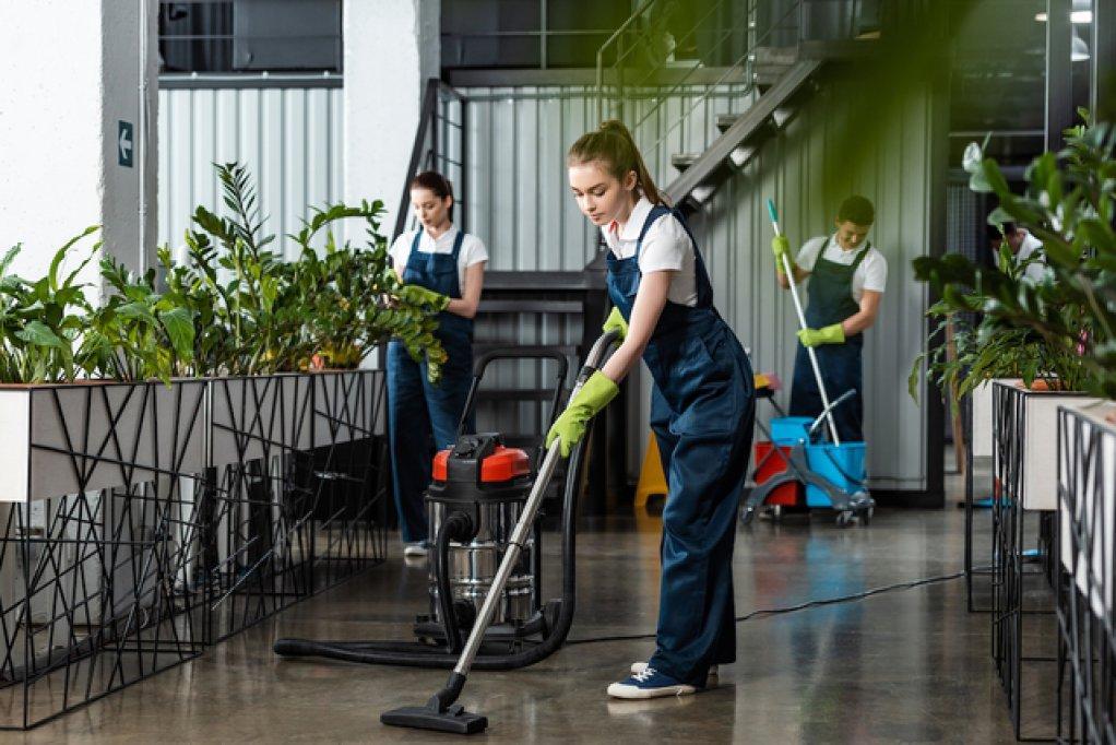 Firmă de curăţenie Cluj - soluţii pentru proiecte mici şi mari