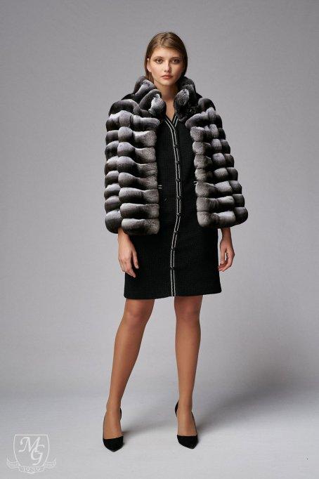 Vara ai cele mai bune preturi la blanuri naturale: alege o haina de blana de dama de calitate premium